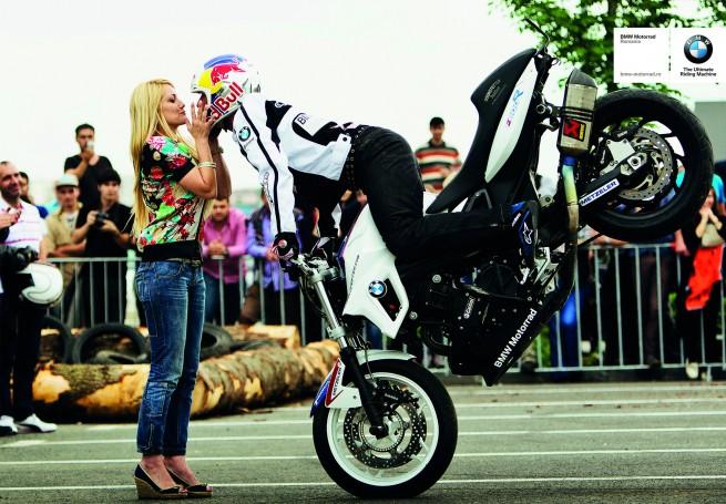 BMW Motorrad 655x455