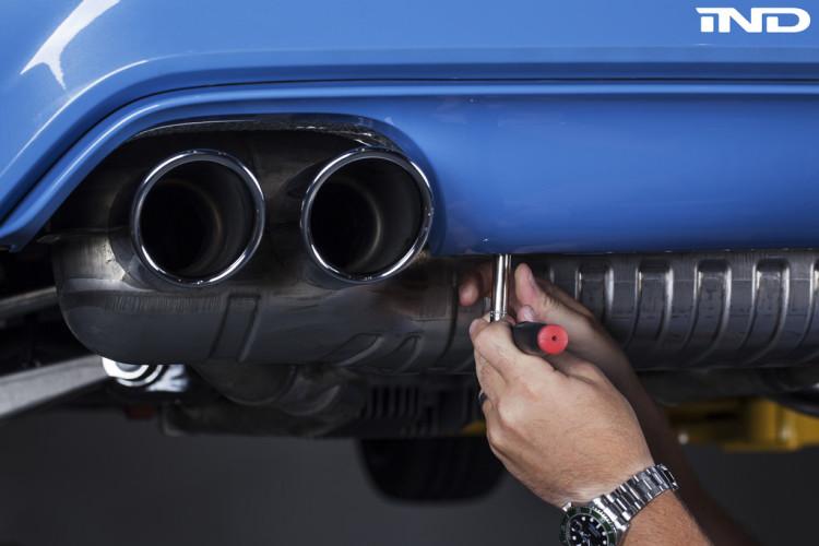 BMW Performance F8X M4 diffuser 2 750x500