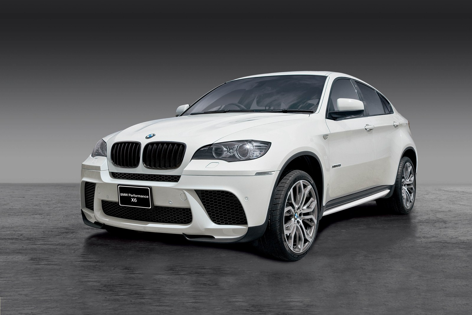 New Photos Bmw X6 With Performance Parts