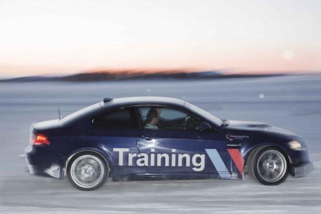 BMW Snow and Ice Fahrertraining Winter 2011 18 655x436