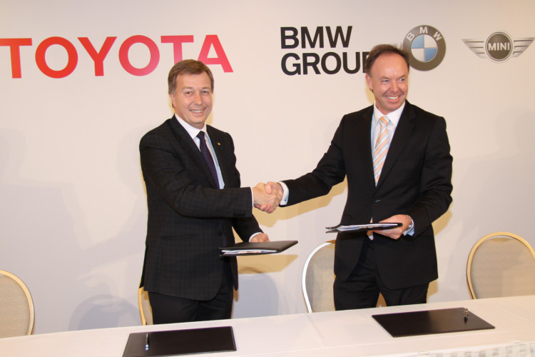 BMW Toyota press conference 2 750x500