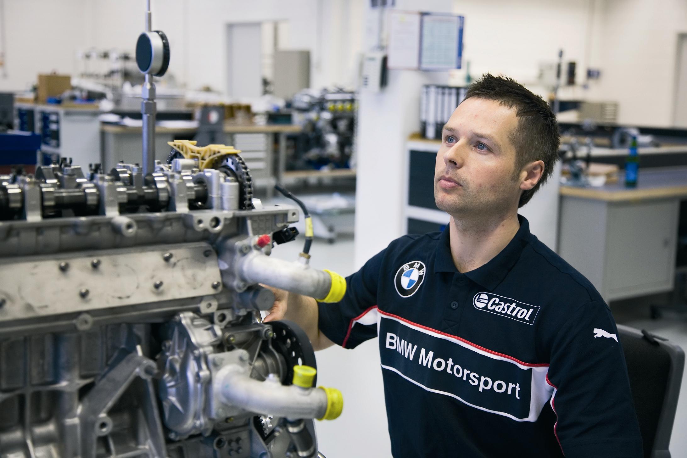 BMW WTCC Engine