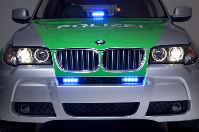 BMW X3 Polizei 04 655x436