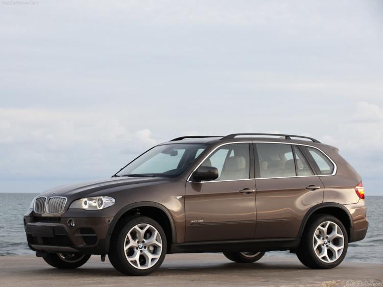 BMW X5 2011 4 750x562