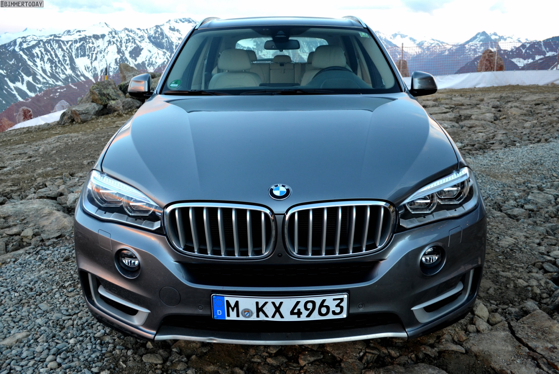 Bmw X5 G05 >> BMW X5 F15 in Space Grey with Design Pure Experience Package