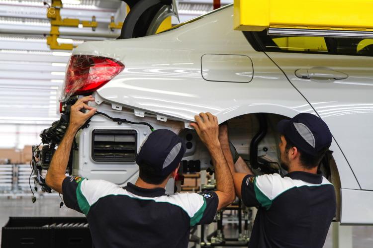 BMW-factory-brazil-6