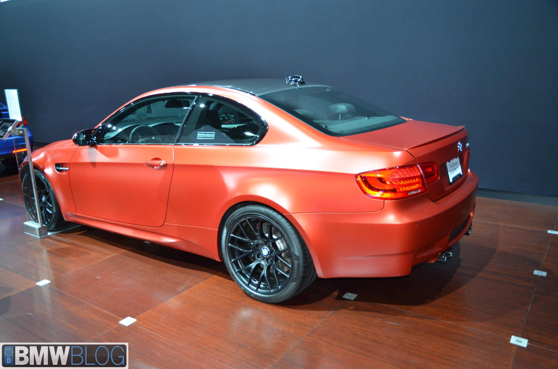 BMW frozen red pictures 22