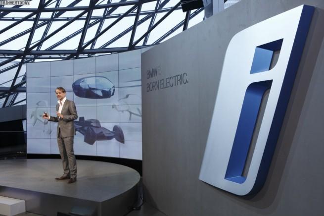 BMW i Pressekonferenz BMW Welt Fotos 05 655x436