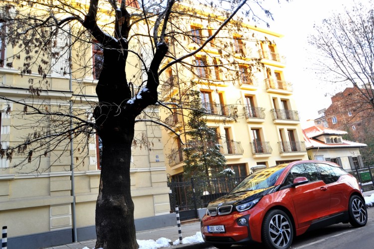 BMW i3 2013 Sofia Bulgarien Premiere 02 750x500