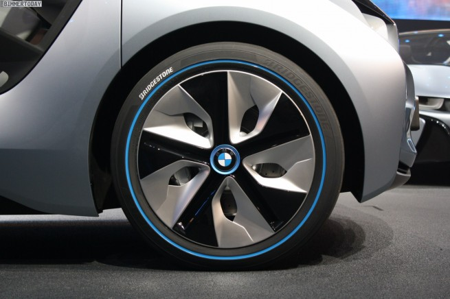 BMW i3 i8 Concept IAA 2011 Preview Live 07 655x436