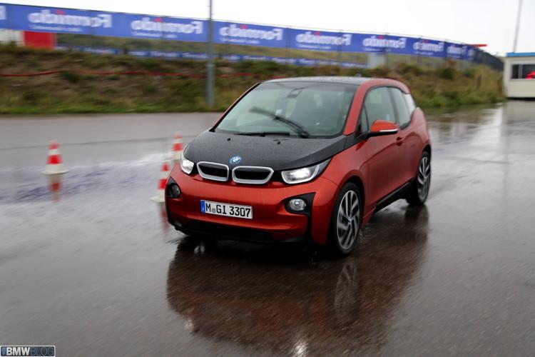 BMW i3 review Shawn Molnar BMWBLOG 731 750x500