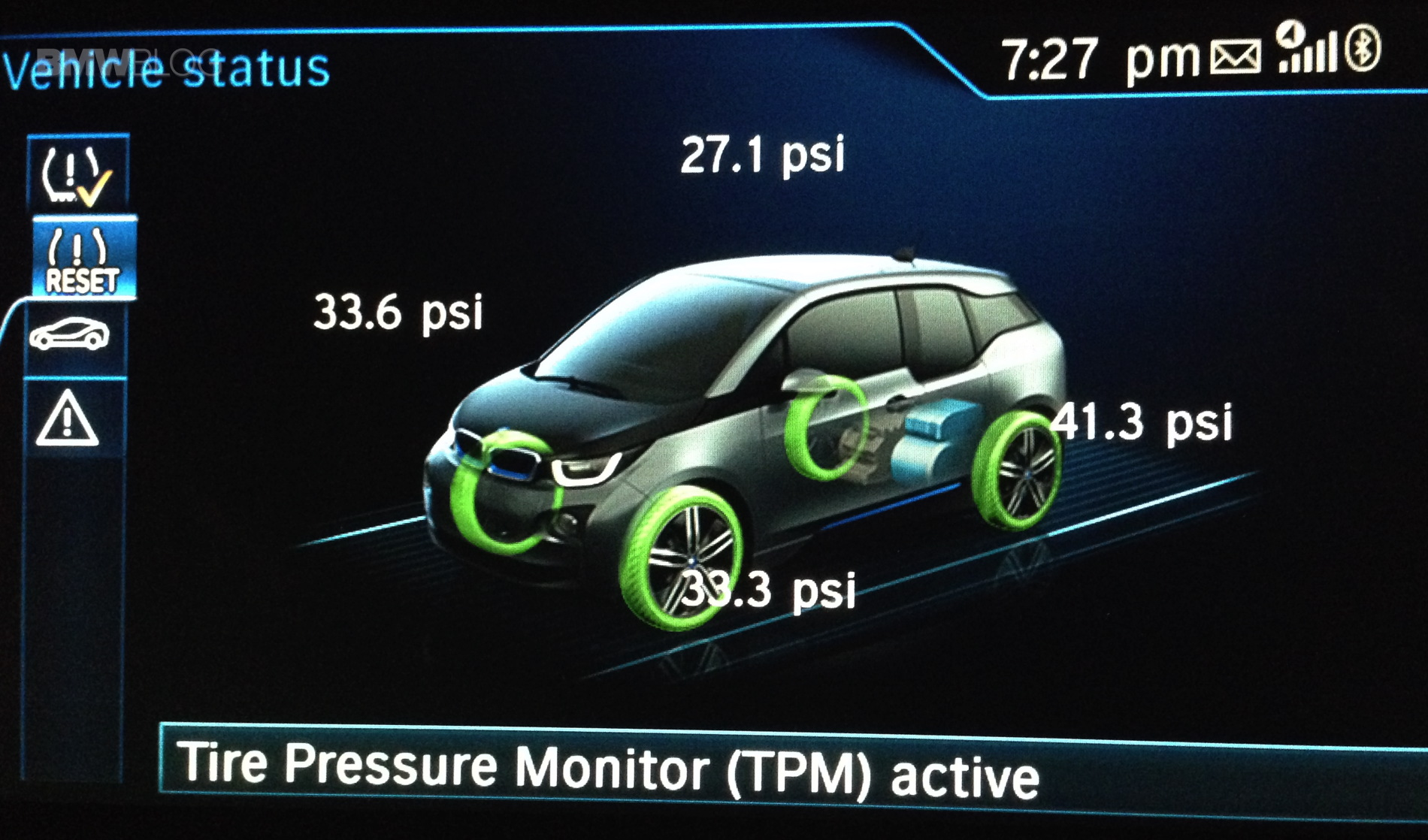 Flat tire on BMW i3, TPMS comes to rescue