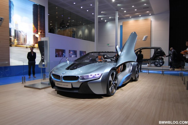 BMW i8 081 655x436