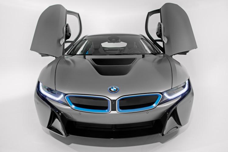 BMW i8 Concours d Elegance Edition 2014 Pebble Beach Frozen Grey 07 750x500