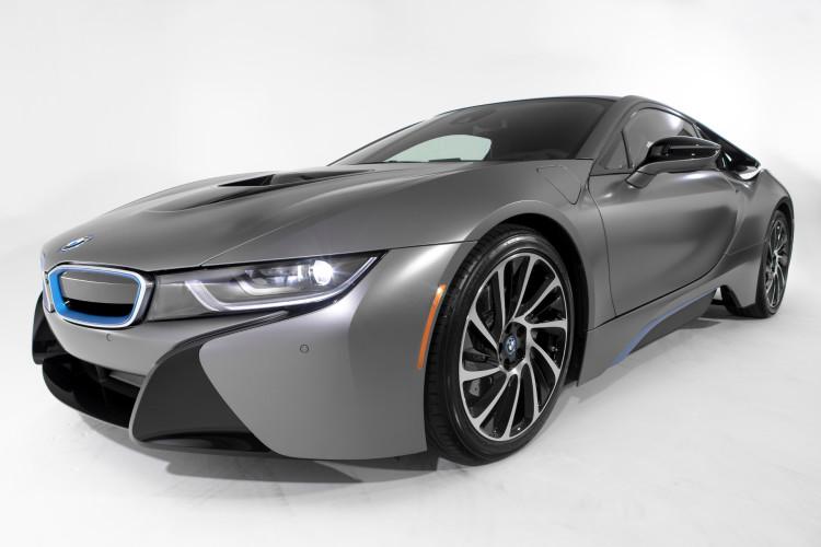 BMW i8 Concours d Elegance Edition 2014 Pebble Beach Frozen Grey 09 750x500