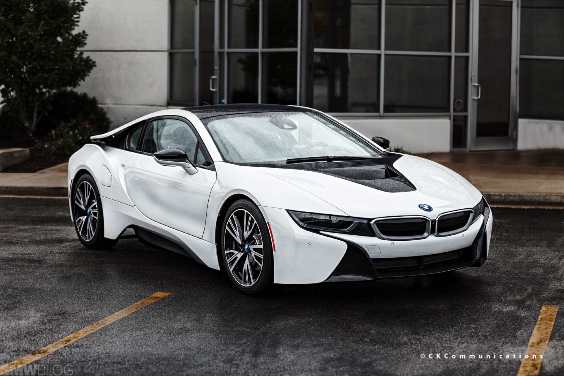 Bow Wow Selling His Bmw I8