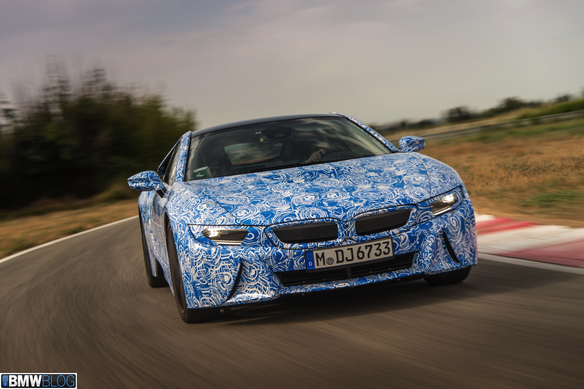 BMW i8 pre drive 01