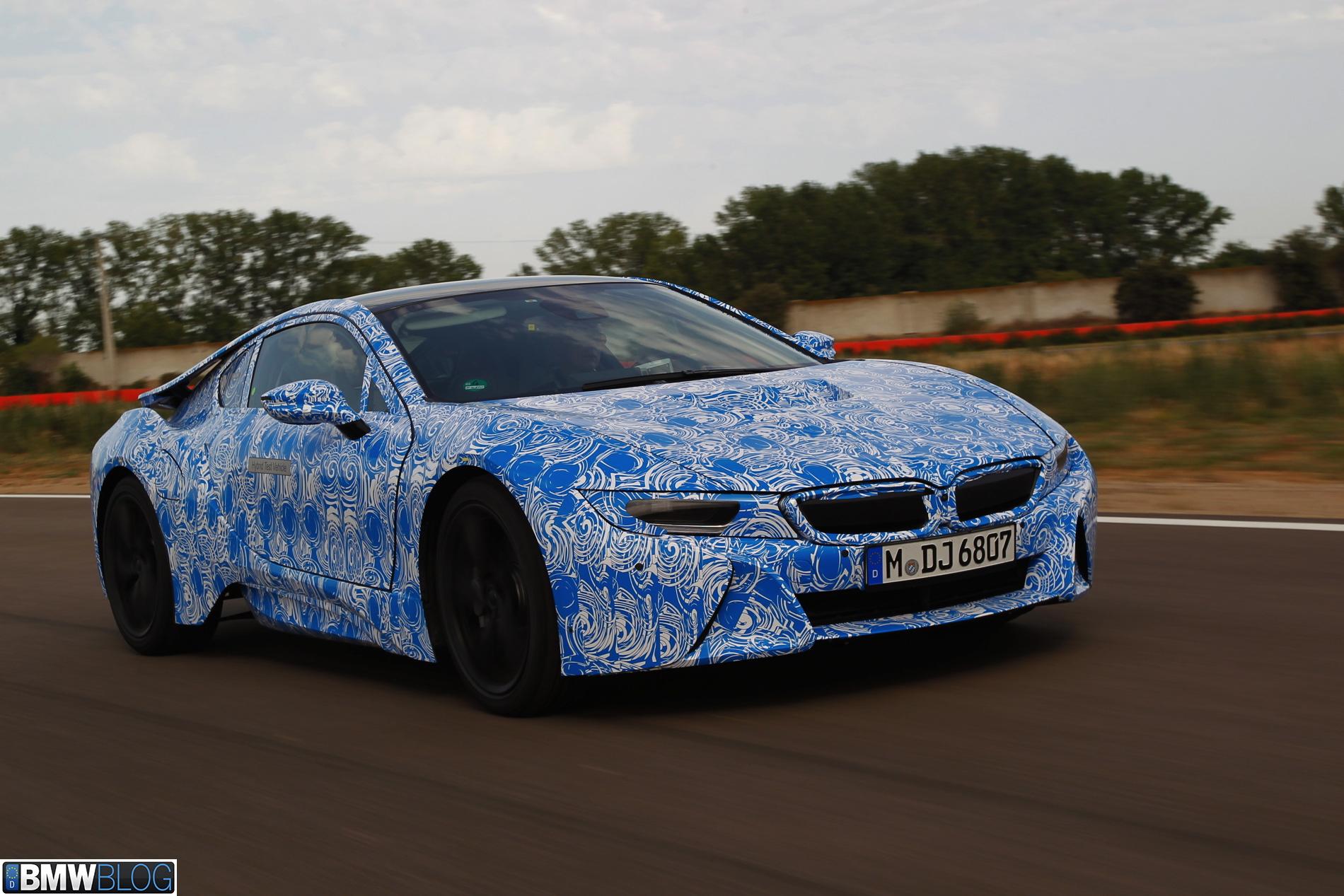 BMW i8 pre drive 3611