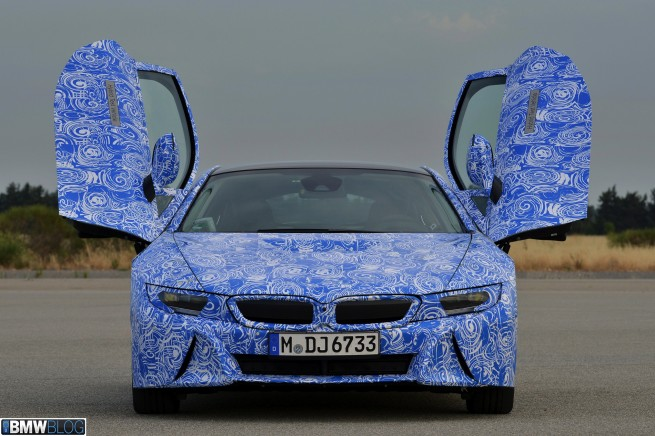 BMW i8 pre drive 61 655x436