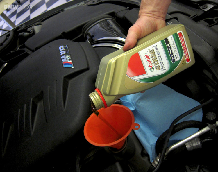 BMW-oil-change-castrol-27