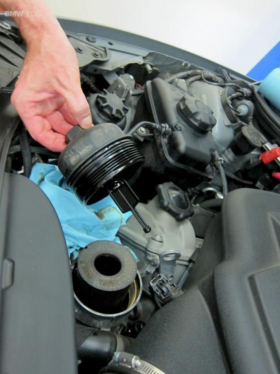 BMW-oil-change-castrol-42