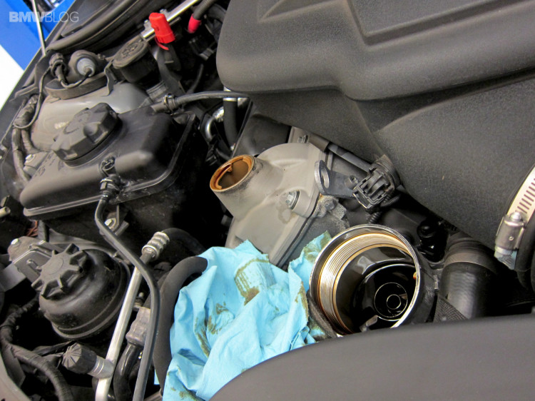 BMW-oil-change-castrol-46