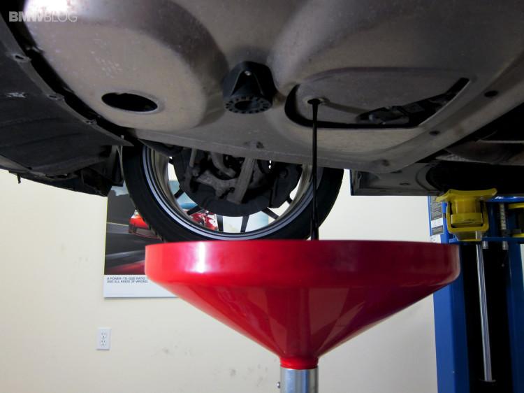 BMW oil change castrol 6 750x562
