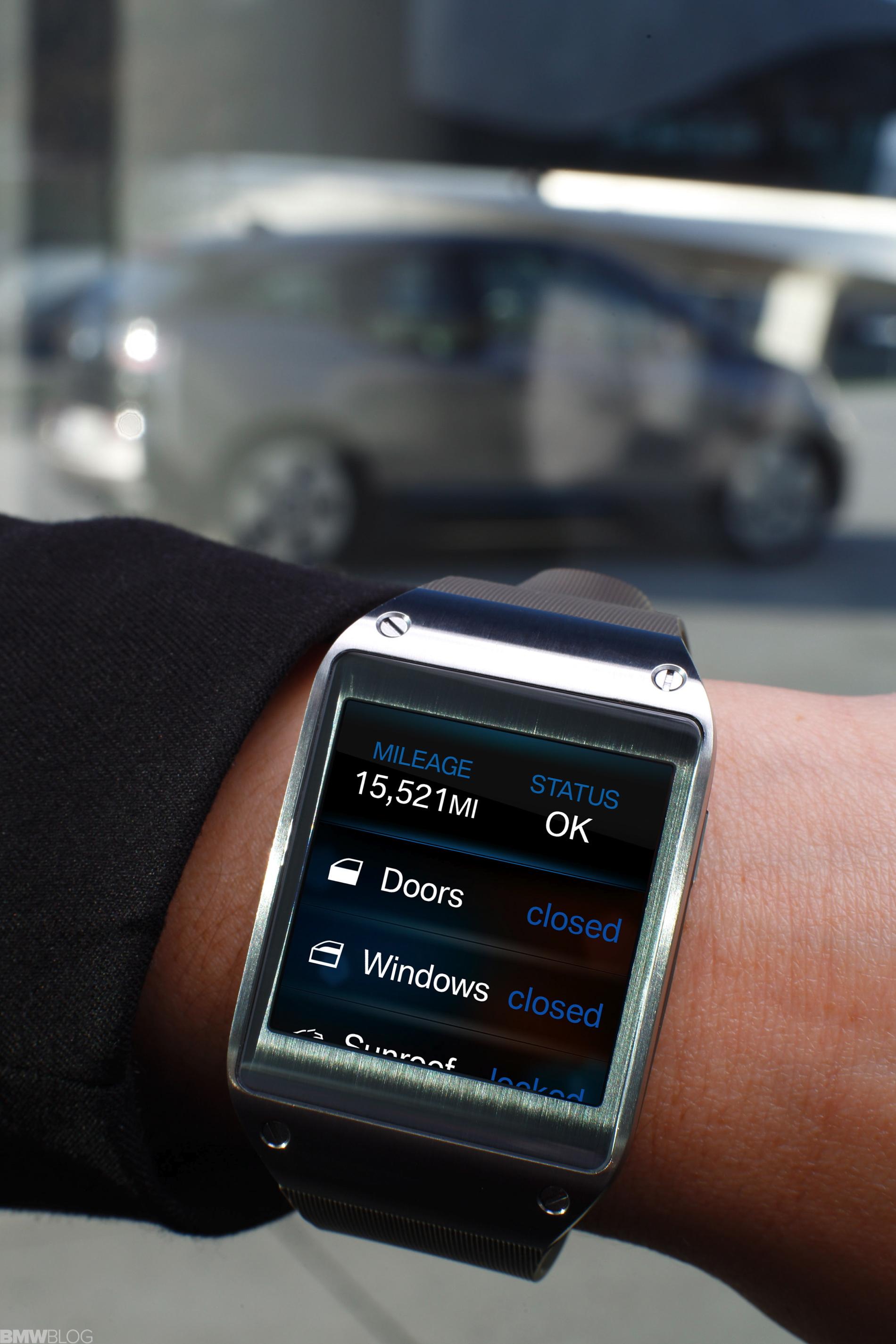 BMW samsung galaxy gear 02