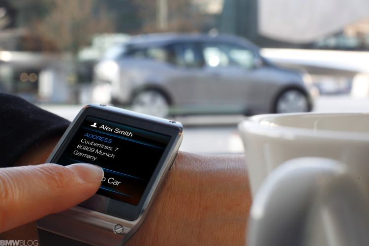 BMW-samsung-galaxy-gear-04