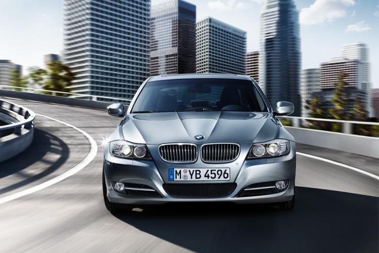 BMW 3series Sedan 750x500