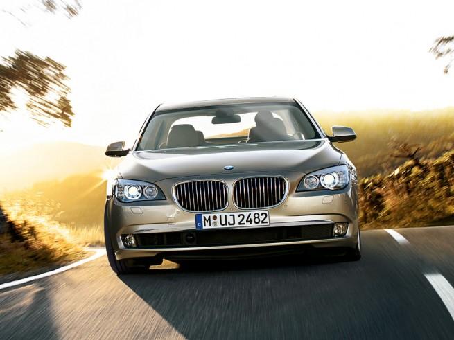 BMW 7series sedan 031 655x491