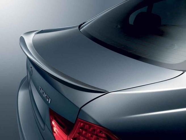 BMW E90 05 655x491