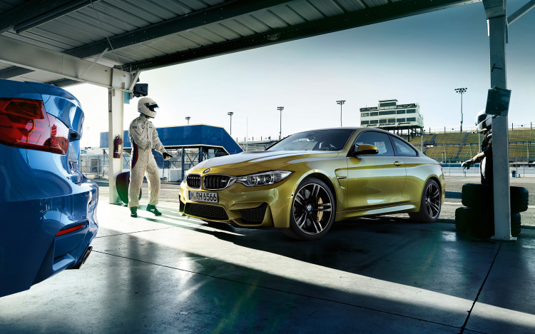 New Wallpapers: BMW M3 and M4