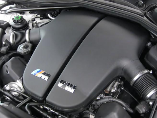 BMW_S85B50_Engine.JPG