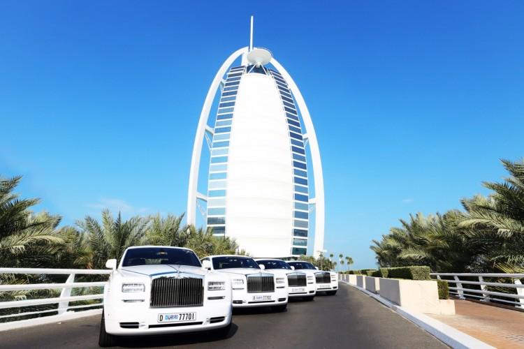 Burj Al Arab Rolls Royce Phantom Series II 2015 04 750x500