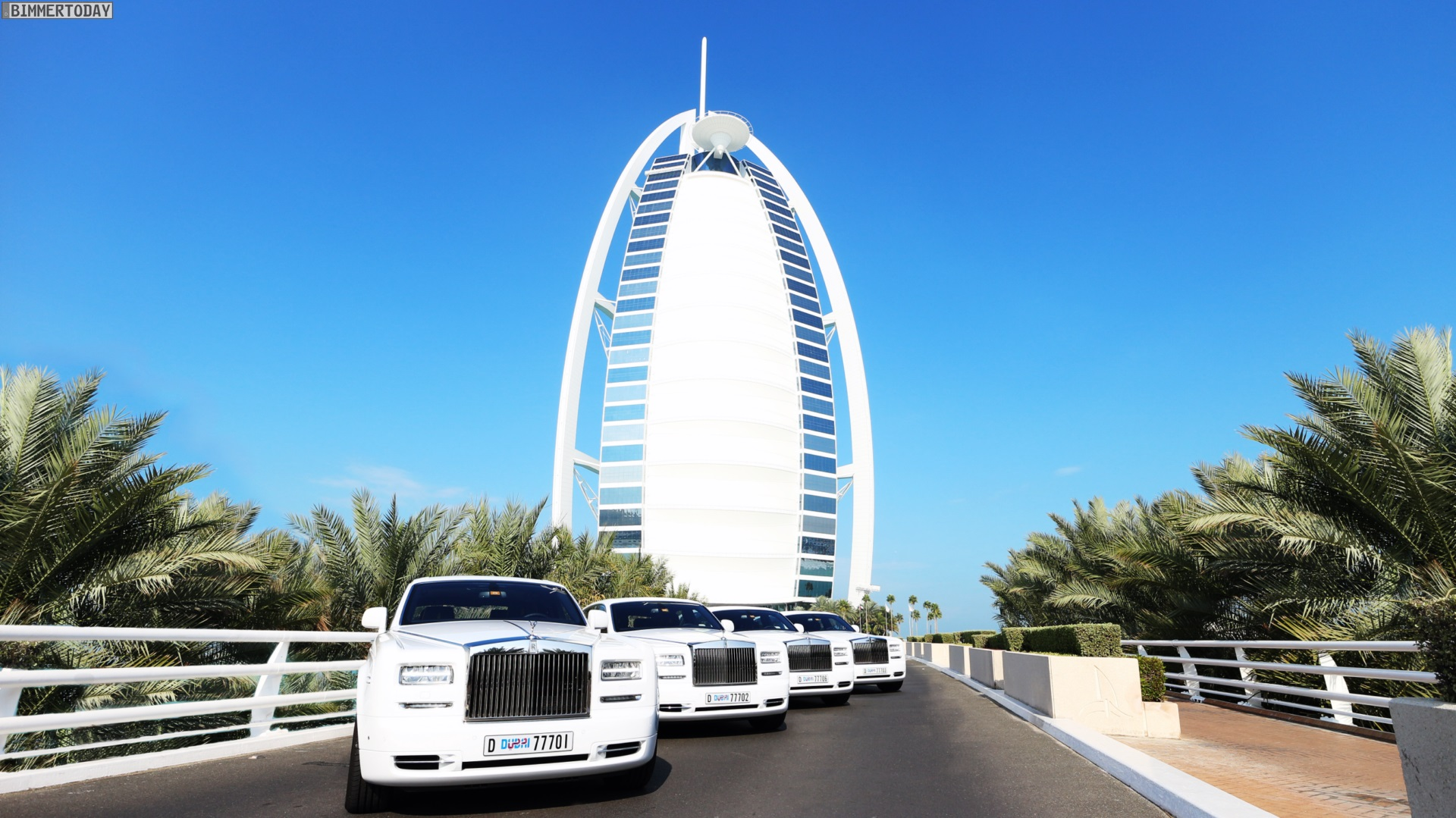 Dubai S Burj Al Arab Hotel Has Added Four More Rolls Royces To Its Fleet