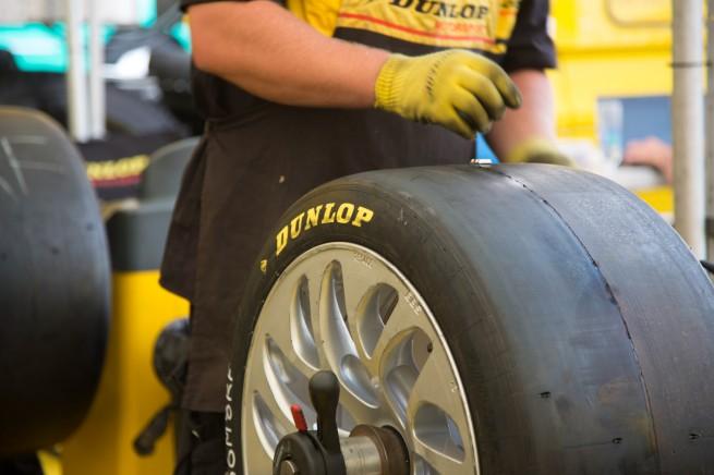 Dunlop Motorsport - Michael Blaskivich - BMWBLOG-23