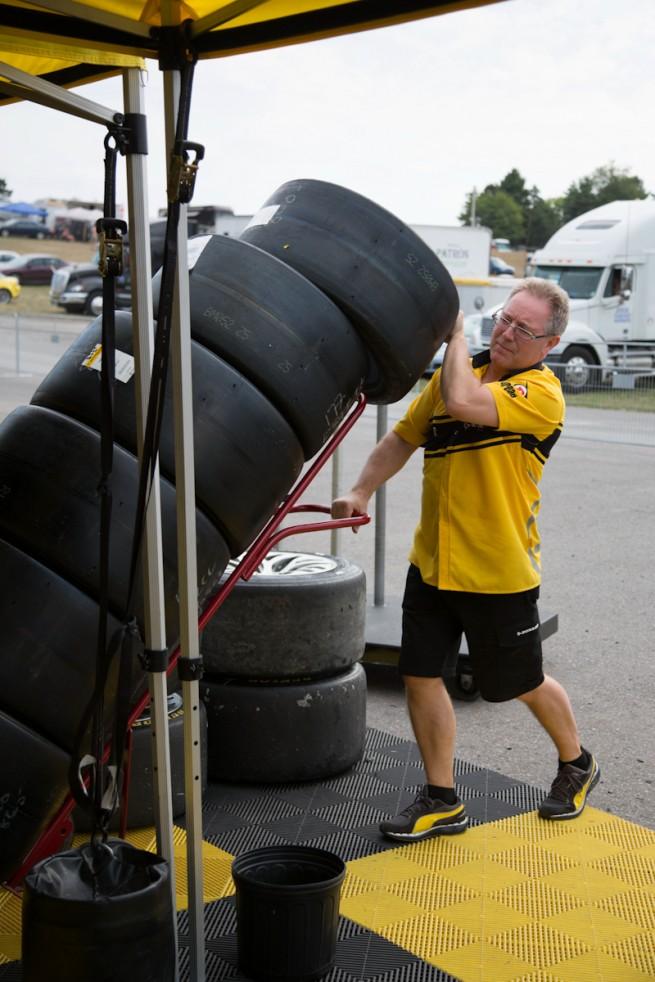 Dunlop Motorsport - Michael Blaskivich - BMWBLOG-32