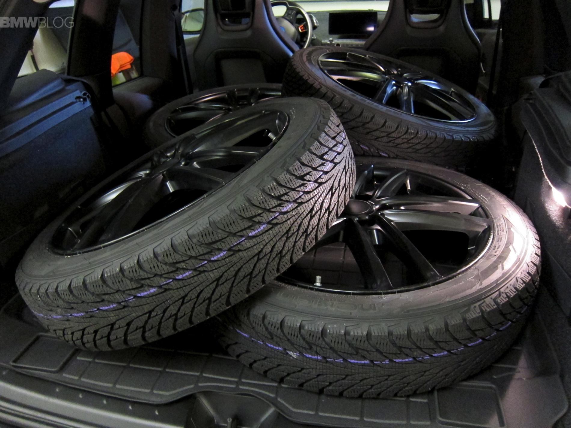 Tire Review Nokian Hakkapeliitta R2 For Bmw I3