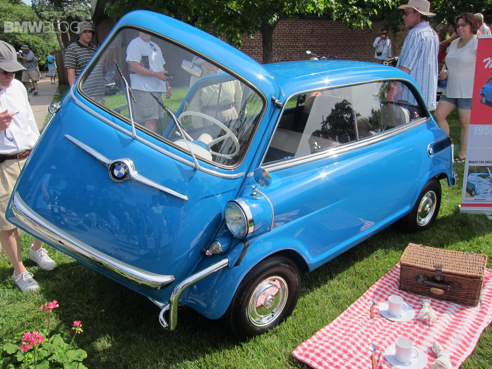 Kansas City Art Institute Art of the Car Concours isetta 2