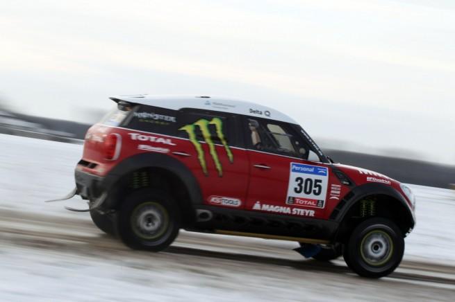 MINI Countryman X Raid ALL4 Racing Dakar 2011 Preview 02 655x436