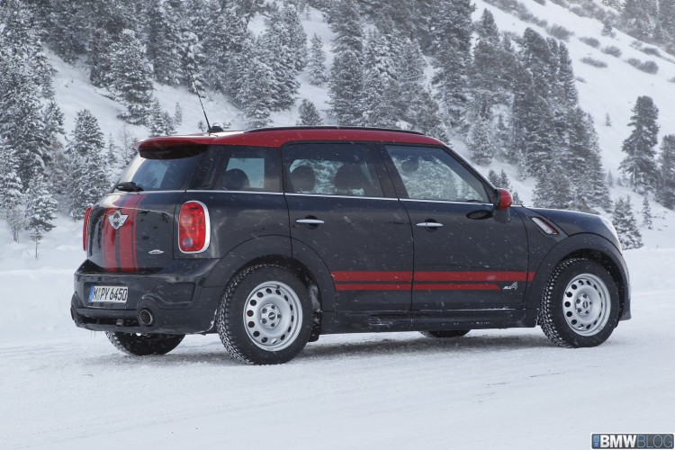 MINI John Cooper Works Countryman 12 750x500