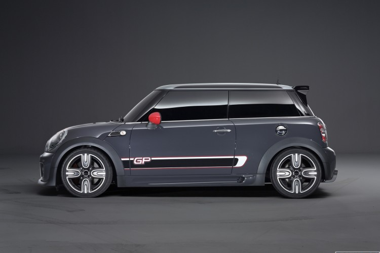MINI John Cooper Works GP 15 750x500