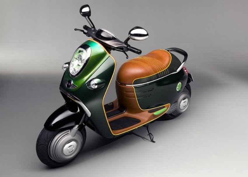 MINI Scooter E Roller 2
