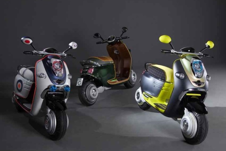 MINI Scooter E Roller1 750x500