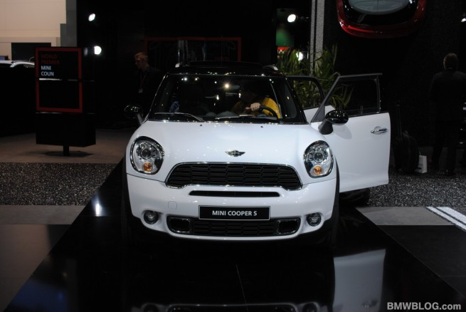 MINI-countryman-geneva-11