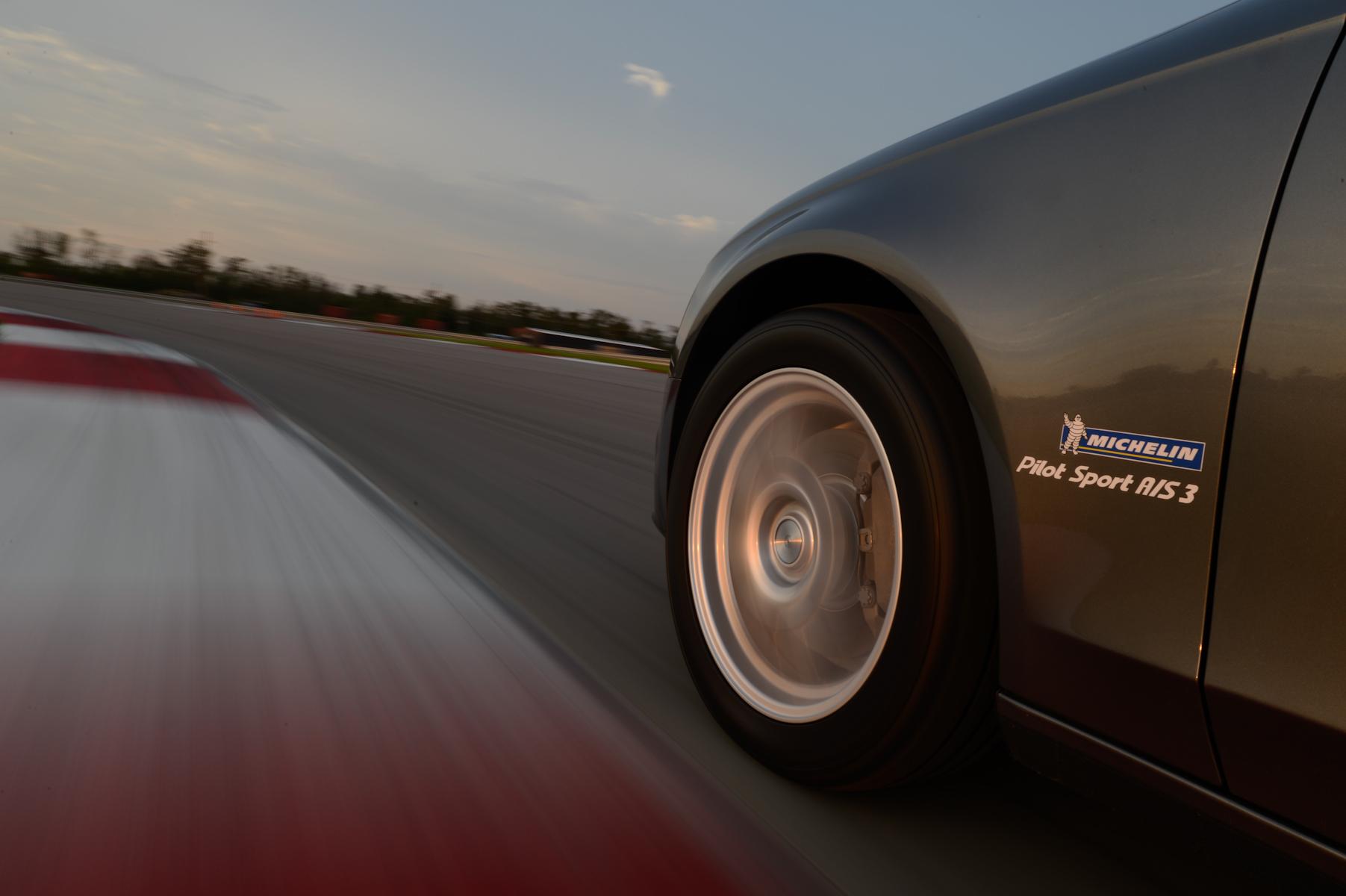 Michelin Pilot Sport All Season 3 Cornering1
