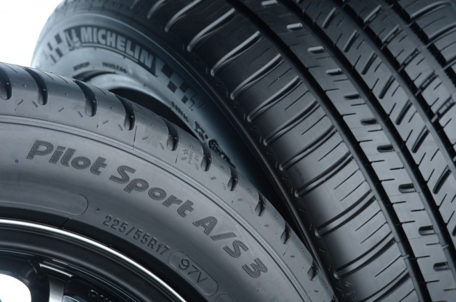 Michelin Pilot Sport All Season 3 Side and Tread