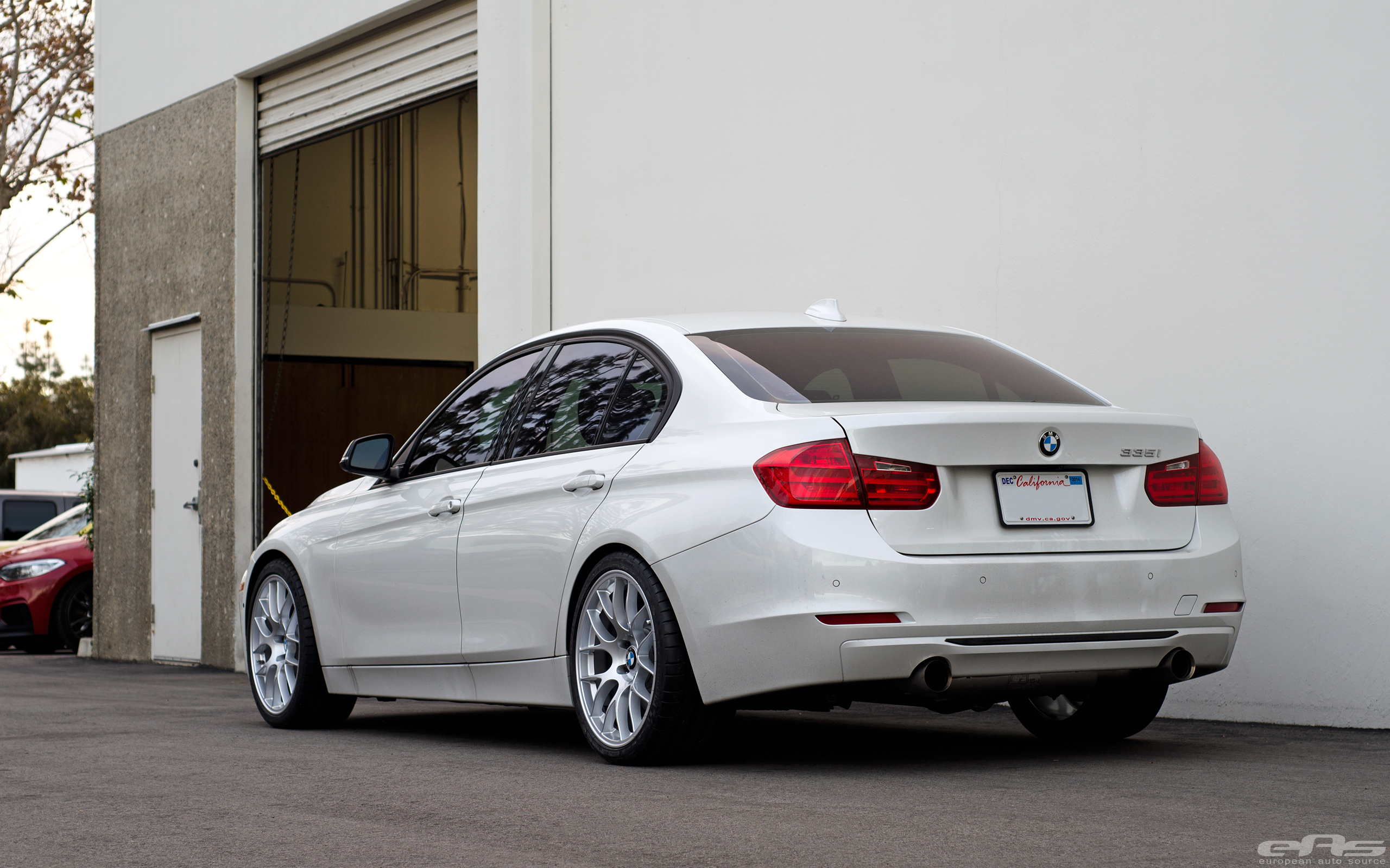 Mineral White BMW F30 3 Series Gets A Set Of Wheels 7