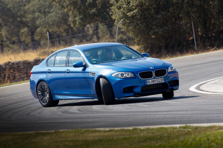 Opposite Lock in BMWs new M52 750x500
